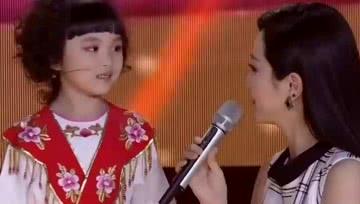 5岁小女孩唱起豫剧来有模有样,本想出题考评委却被评委反将!