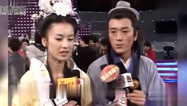 《天仙配》宣传,黄圣依教杨子唱黄梅戏,这个造型太美了